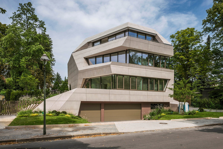 Brutalist Architecture0